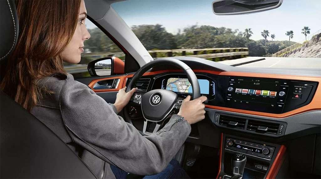 interior personalizado del nuevo volkswagen polo